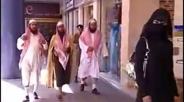 «Ισλαμική αστυνομία» τώρα και στα γκέτο της Αθήνας