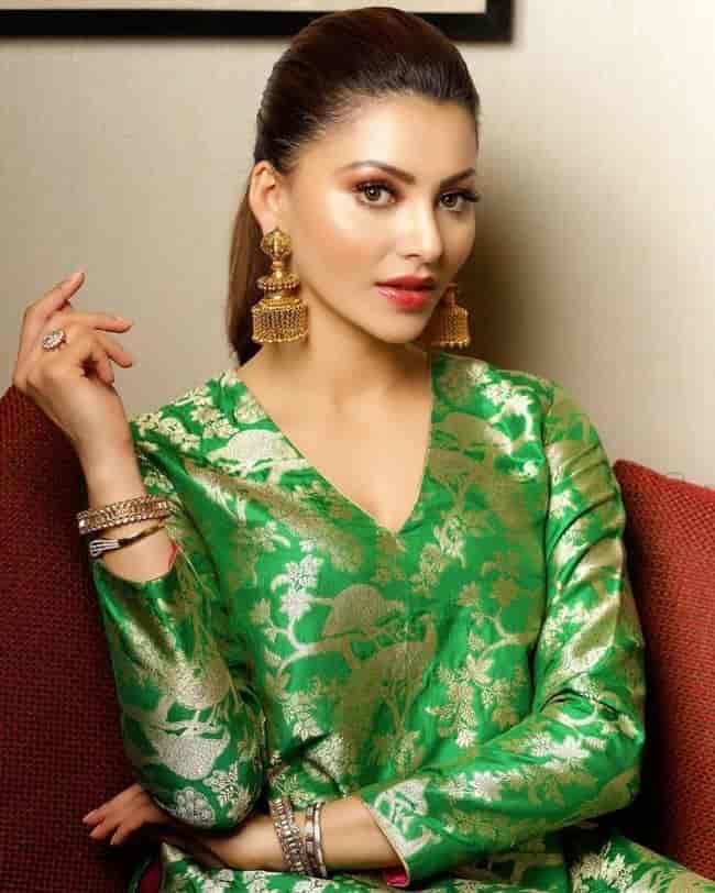 Beauty Pictures: Urvashi Rautela Ravishing Pictures