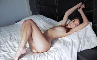 野性女同志 - Debora%2BA-S01-033.jpg