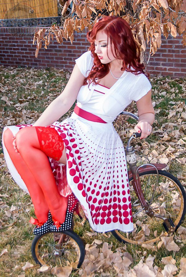 Hot Sexy Girls On Bicycle with Big Curves -  Brown Hair Girls of America -  Hot Hollywood Girls Actress White Curves in Hollywood Beauty Girls