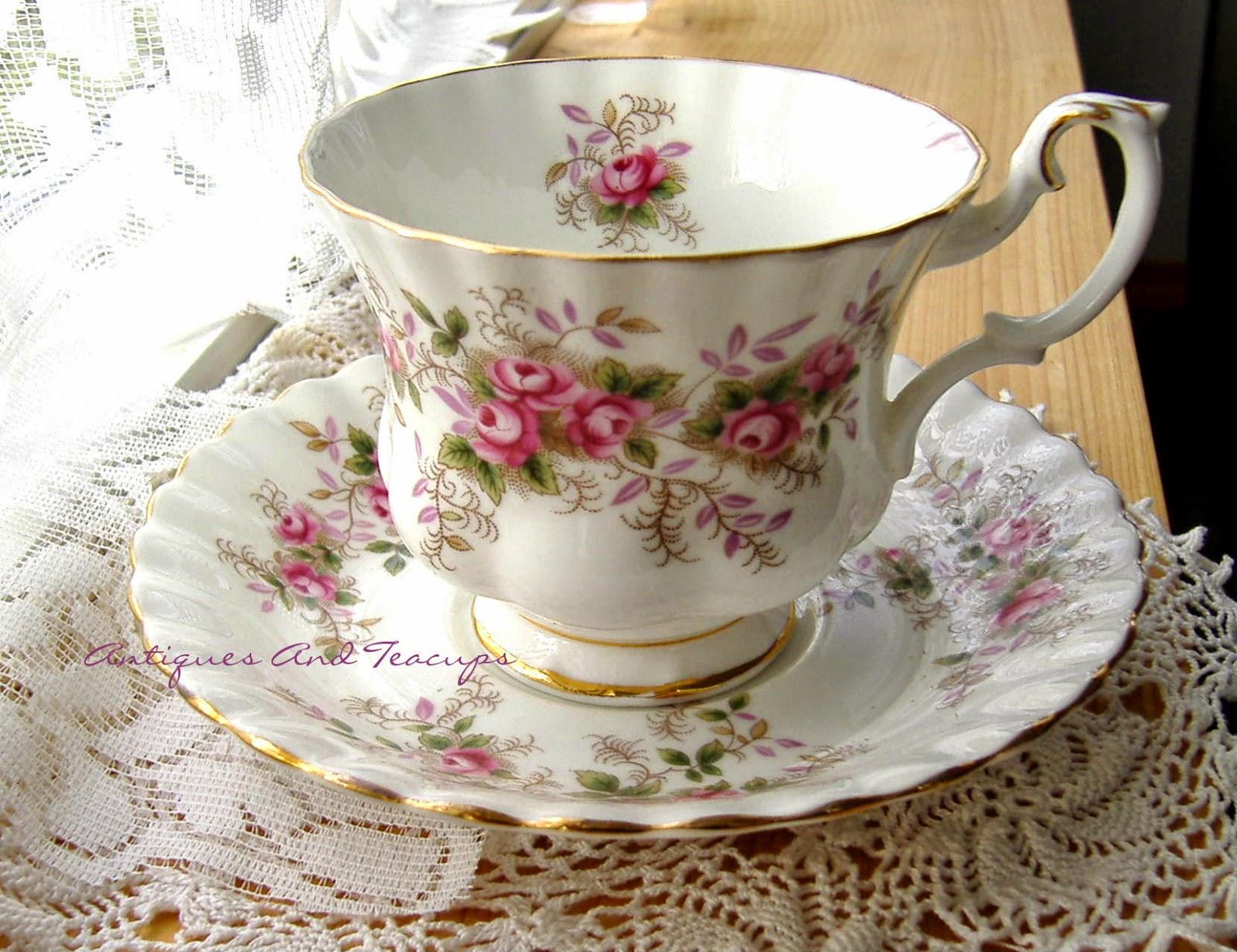 Royal Albert Lavender Rose  Tier Cake Stand