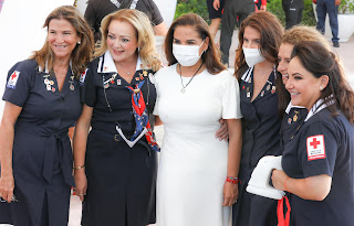 Cristina Portella, Gaby Rejón de Joaquín, Mara Lezama, Verónica Manzanilla, Noemí Peralta de Constandse y Nenina Dominguez de Albor.