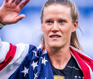 Alyssa- Naeher- is- a- finalist- for- The- Best- FIFA Women's Goalkeeper- 2020 -speaks -exclusively -with -FIFA.com