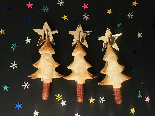 kersthapje bladerdeeg kerstboom knakworst