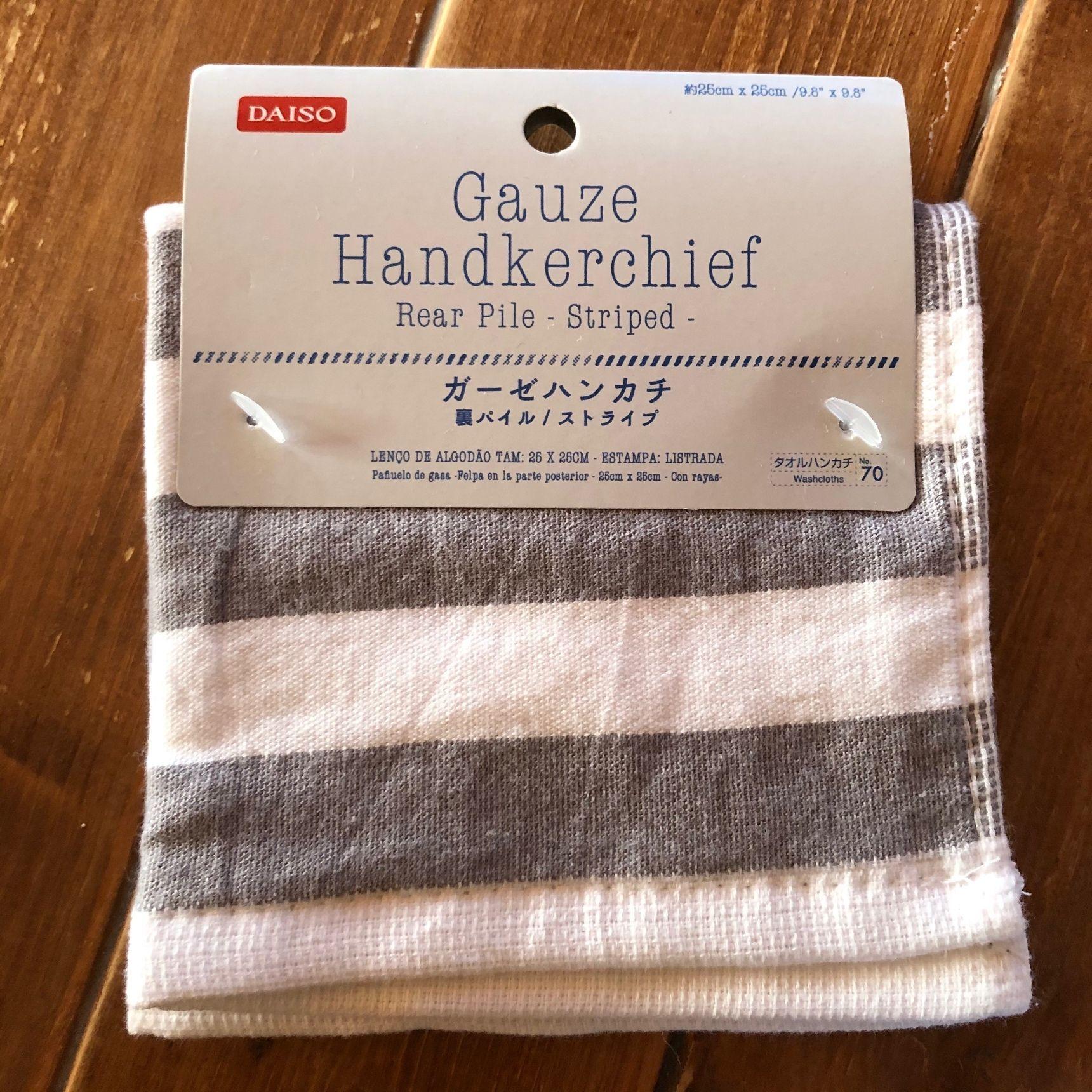 Nên chọn loại khăn tay có chất liệu tự nhiên 100% cotton