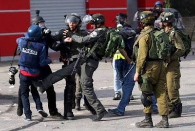 النقابة تستنكر تصاعد اعتداءات الاحتلال على الصحفيين