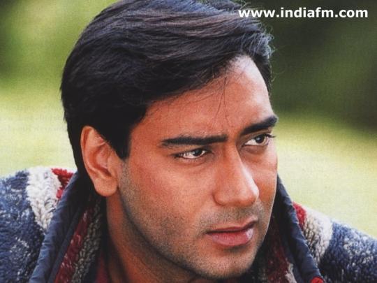 Salman Khan Car Photo Wallpaper Encyclopedia Ajay Devgan
