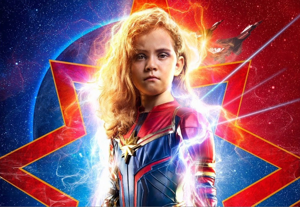 Movie Poster 2019: #CaptainMarvel: Photoshop Dad Surprises His Daughter With