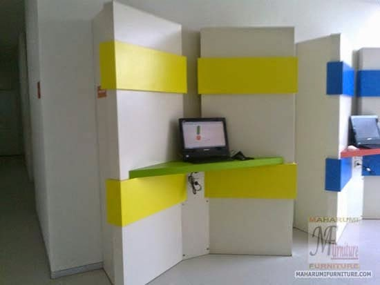 Projects Hotel Pop Bandara Cengkareng: Custom Furniture Interior Internet Center Area Untuk Mengakses Internet Gratis