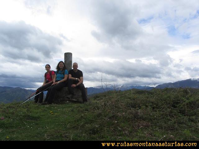 Ruta Ablaña Llosorio:  pico Roíles
