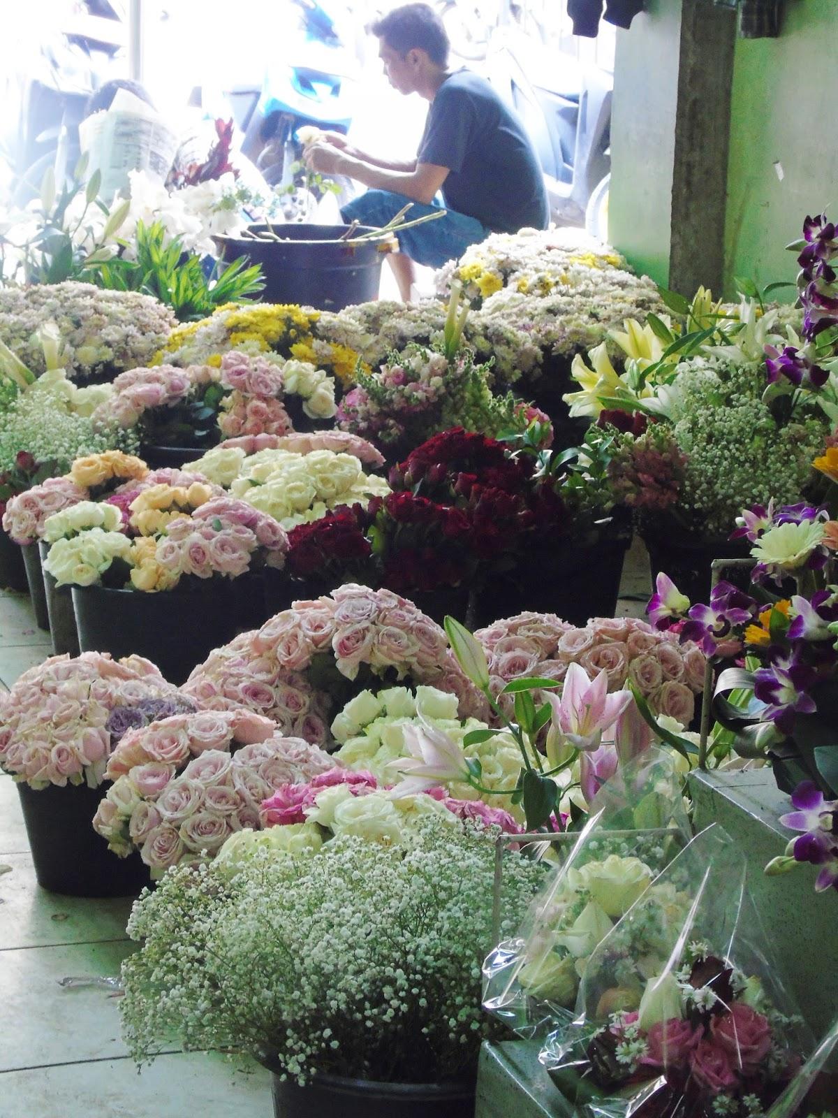 Moms Story Rina Susanti Suatu Hari Di Pasar Bunga Rawa Belong Impor Duh Seger Banget Dan Rasanya Pengen Bawa Pulang Semua Itu Bungasi Kaka Pun Kebingungan Memilih Yang Mau Dibeli Karena Semuaaa
