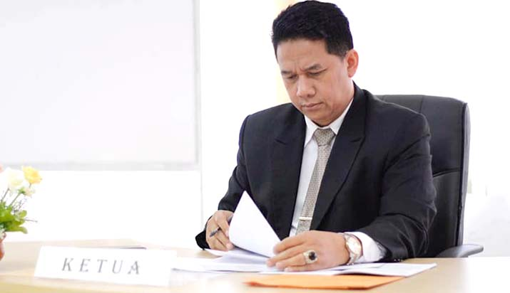 Prof. Suteki dan Fungsi Intelektual | Umatizen.com