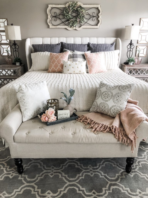 SIMPLE IDEAS FOR ADDING BLUSH ACCENTS