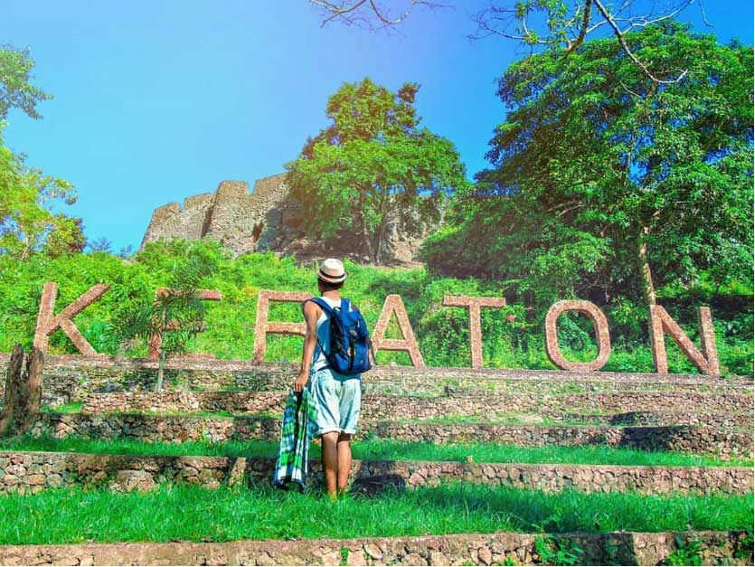 WISATA SEJARAH: BENTENG KERATON BUTON