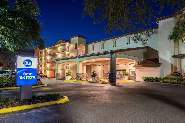 The Best Western® International Drive-Orlando is a 100% non-smoking hotel ideally located right on International Drive at the gateway to many key area attractions in central Florida. This Orlando area hotel prides itself on friendly customer service and comfortable accommodations at an affordable rate.