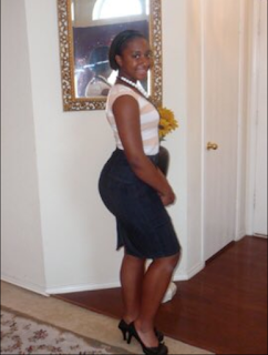 Lady leaves us stunned after she shared before & after photos of her backside, a decade after (Photos)