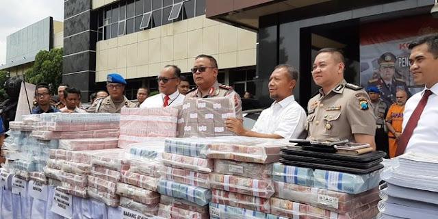 Para Korban Investasi Bodong MeMiles Mengadu ke DPR