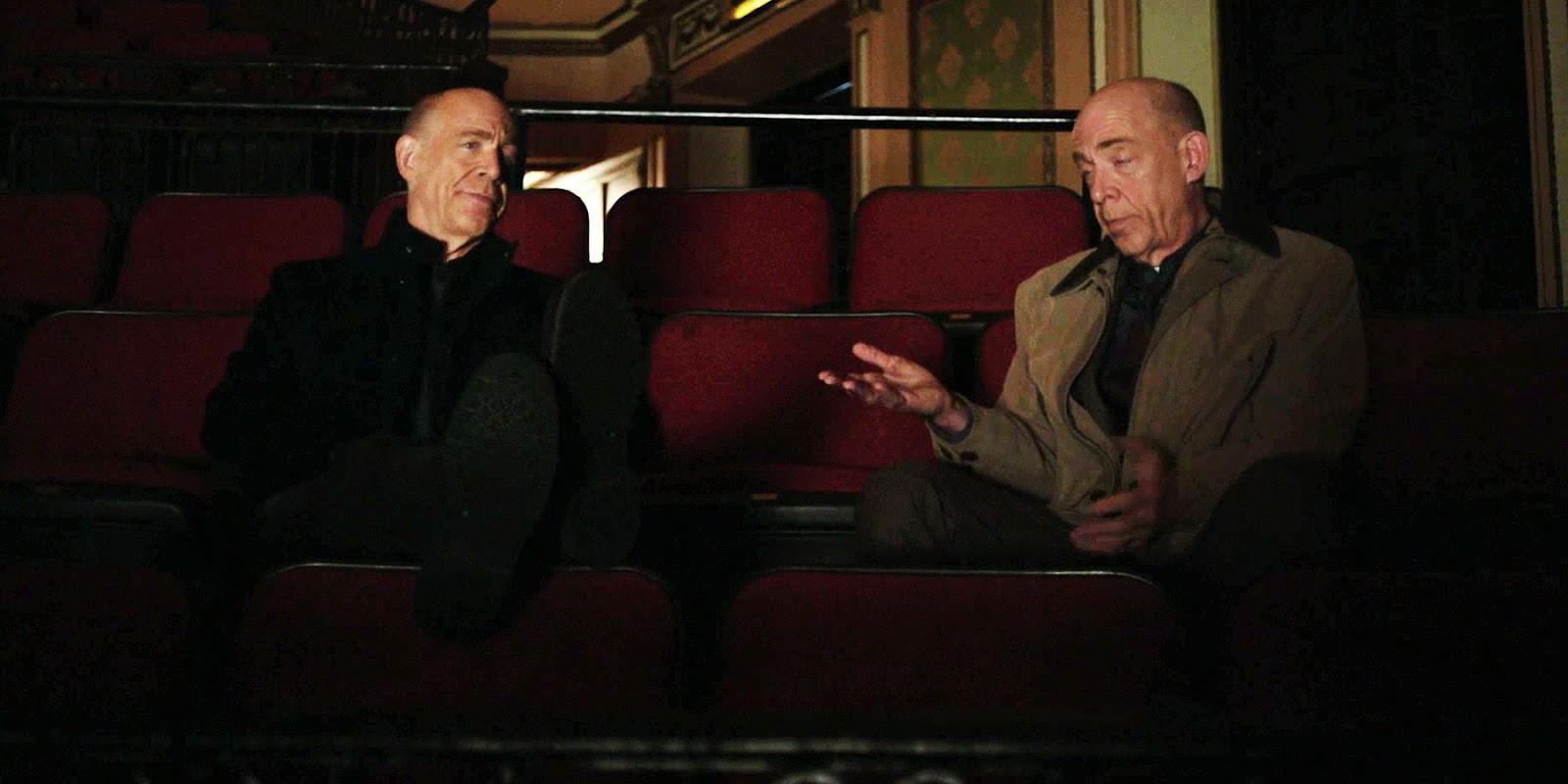 J.K. Simmons interpretando a dos personajes al mismo tiempo en una escena