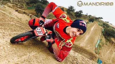 Marc Marquez, Si Anak Rumahan yang Cinta Mati dengan Balap Motor