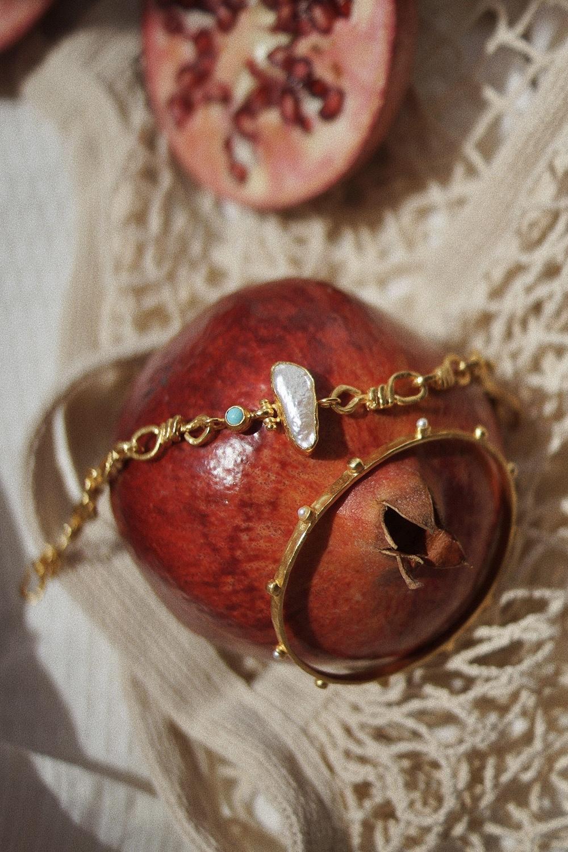 Byzantine-summer-ottoman-hands-jewellery