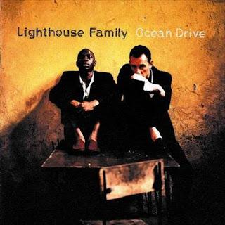 Lirik Lagu Lighthouse Family - Lifted + Arti dan Terjemahan