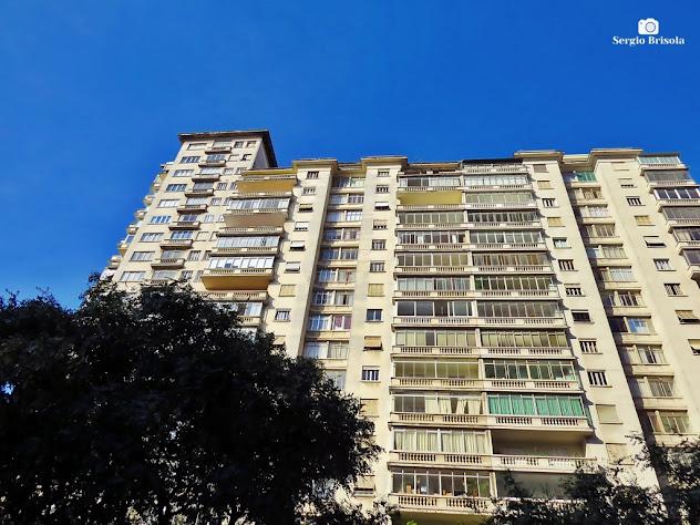 Perspectiva inferior do Edifício São Tomás - Republica - São Paulo