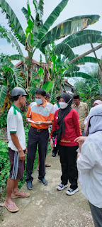 Camat Ma'rang Dampingi Baznas Kabupaten Pangkep Memberikan bantuan korban Angin Puting Beliung, Ini Pesannya