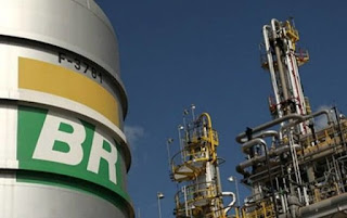 Petrobras reajusta gasolina