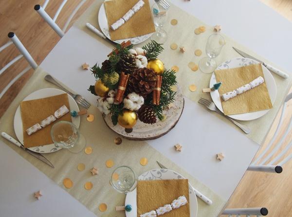 Ma table de Noël (or et bois)