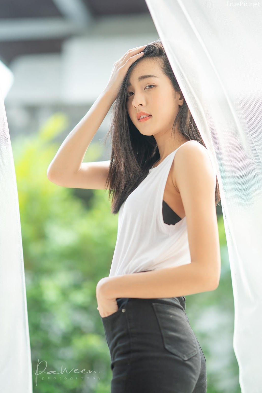 Thailand angel model Thidarut Pruethong - Black and white outfit for great day