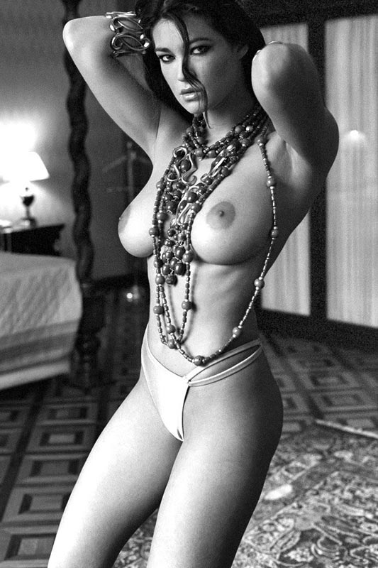 Italian nude porn female images minaj cum shot