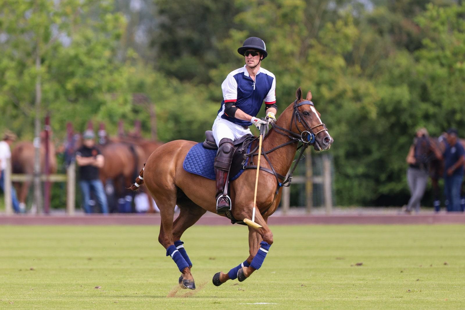 Książę William na Royal Charity Polo Cup 2021 w Guards Polo Club + więcej