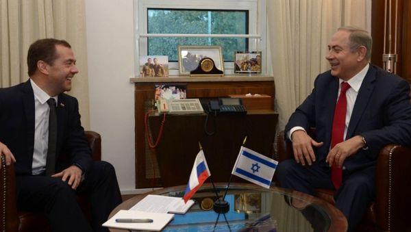Medvedev y Netanyahu