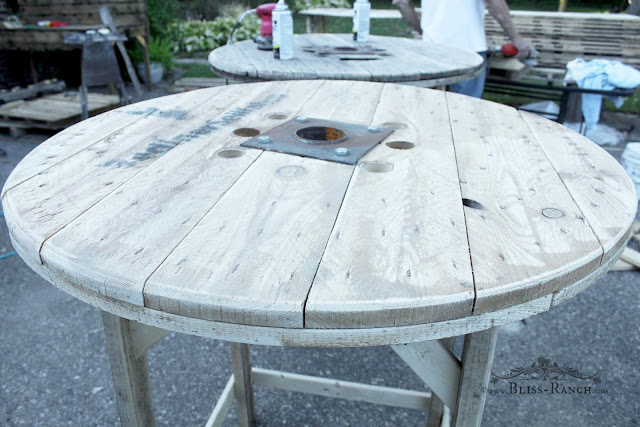 Making Pallet Table Tops for wedding Bliss-Ranch.com