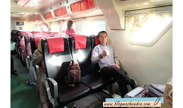 Berada di Dalam Kapal Motor Express - Blog Mas Hendra