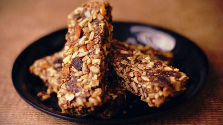 Protein energy bars-7 foods to eat between hours that are not as healthy as you thought