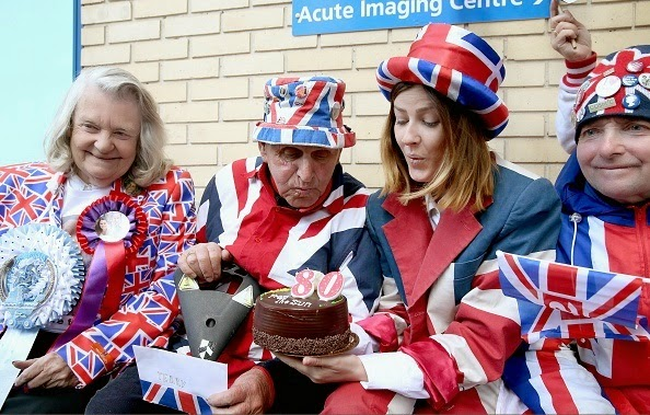 Royal Enthusiasts Continue To Wait At St. Mary's Hospital In North London
