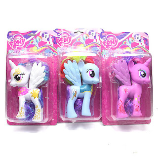 Possible Wonderbolt Rainbow Dash Fashion Style Found On Taobao Mlp Merch