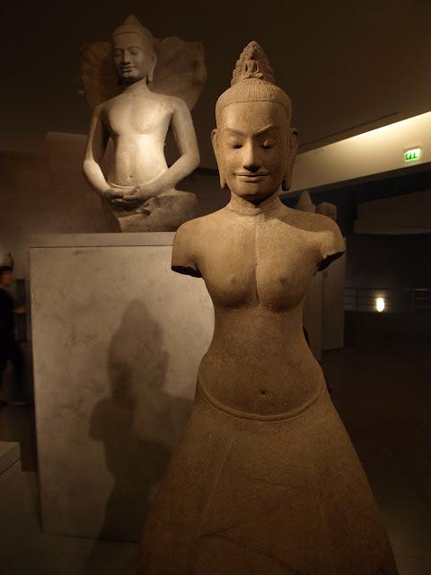 Esculturas Camboya en Museo Guimet de Paris
