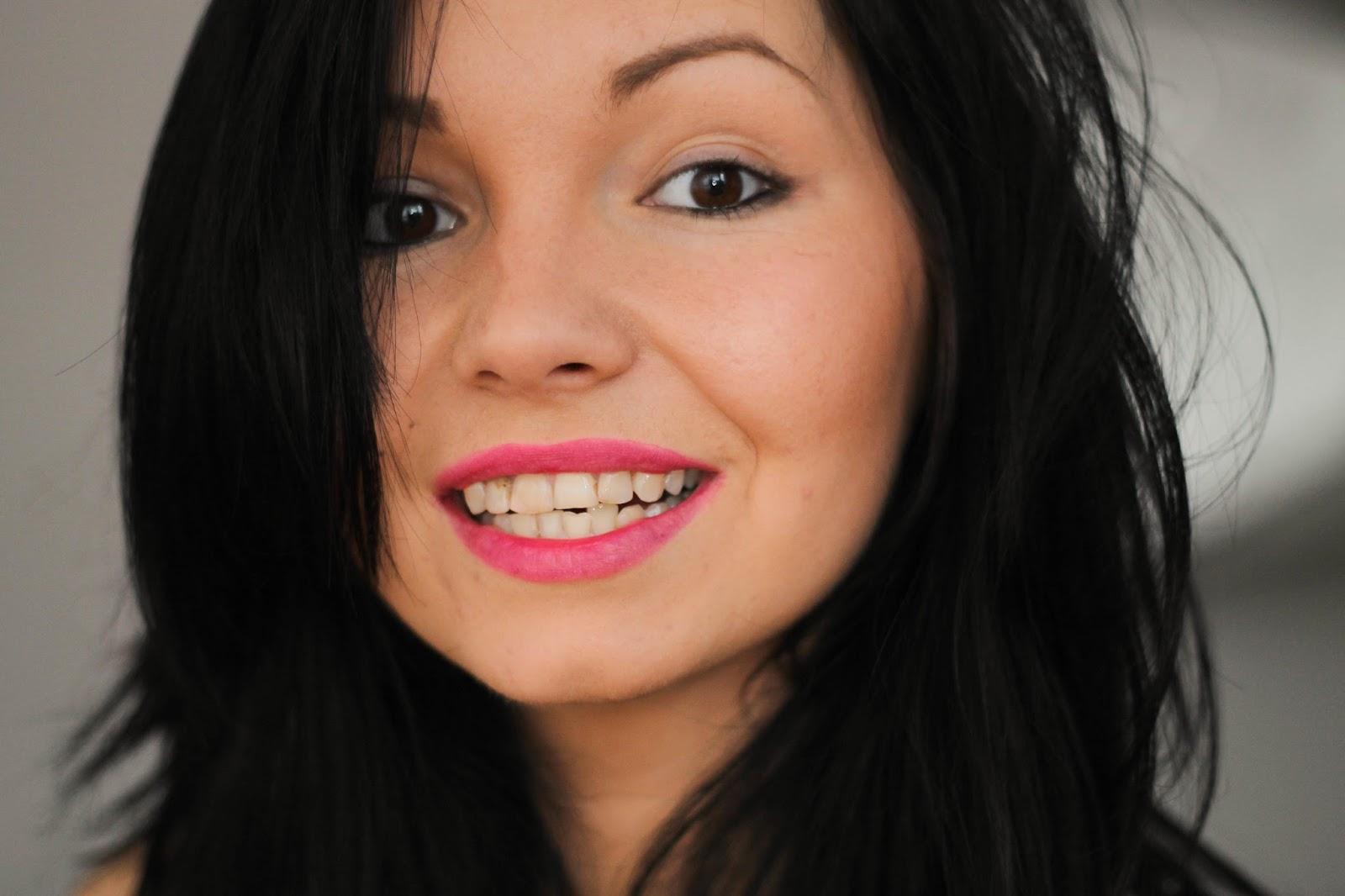 iwhite zdjęcia zębów