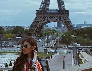 Sheila Alexander di Paris