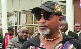 Cantante Koffi Olomide arrestato per aver picchiato una donna - Video