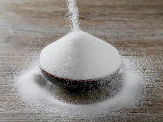 معنى بيع السكر في الحلم