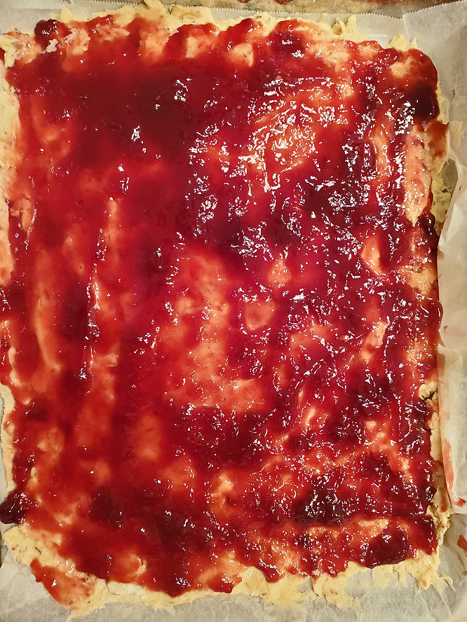 this is raspberry jam on a almond linzer crust