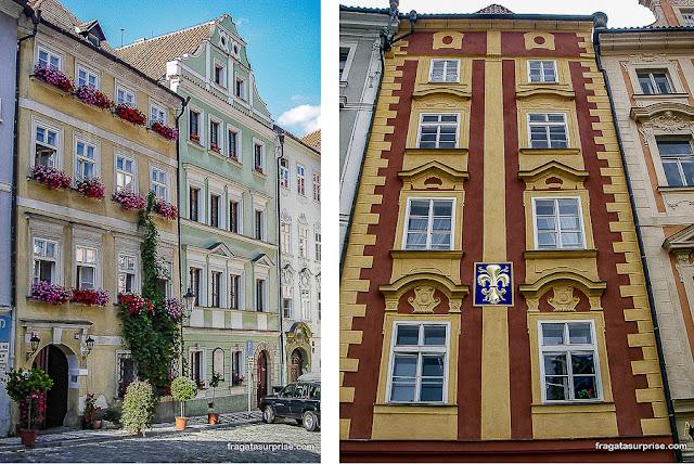 Casarões em Malá Strana e uma fachada da Praça da Cidade Velha, Praga