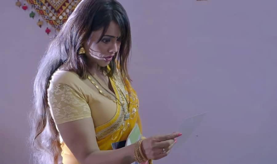 Charmsukh Jane Anjane Mein 4 Ullu Actress Jinnie Jaaz Hot