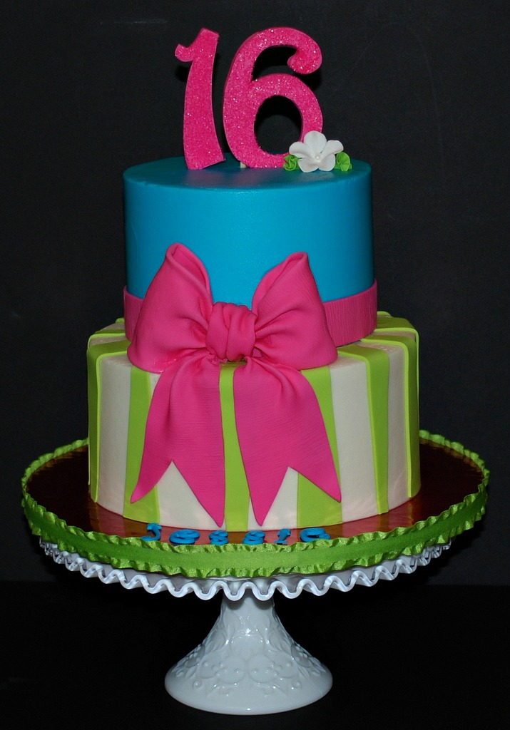 The Bakery Next Door Bow Amp Stripe Sweet 16 Birthday Cake