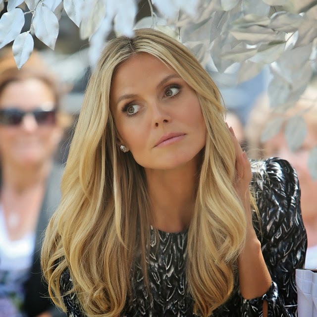 heidi klum hd wallpapers latest news videos photos biography hot scene pictures and images sports. Black Bedroom Furniture Sets. Home Design Ideas