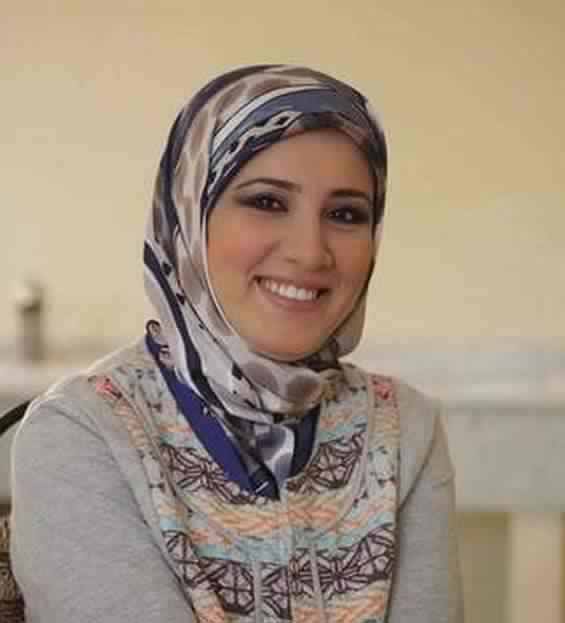 مصرية لم يسبق لى الزواج اعمل فى الخليج ابحث عن زوج مناسب