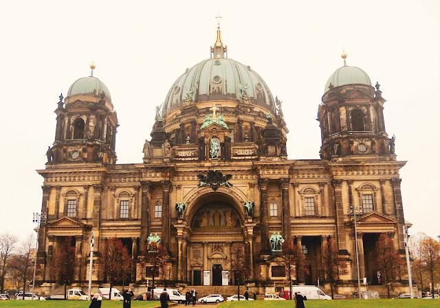 Facciata anteriore del Duomo di Berlino